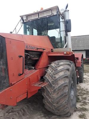 Трактор К-744Р1