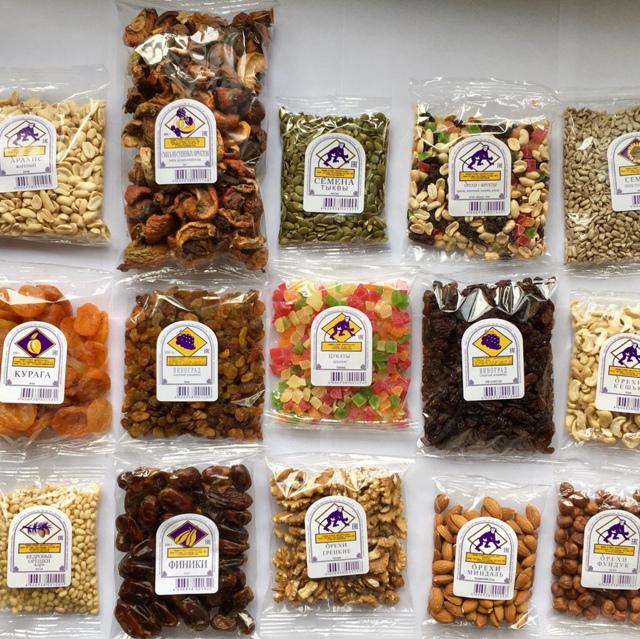 Орехи и сухофрукты фасованные