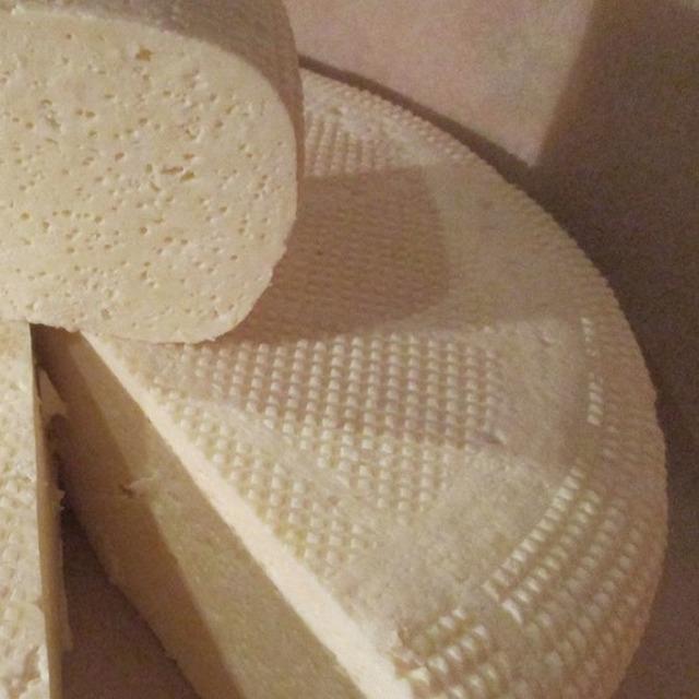 Сыр осетинский